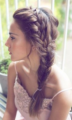 Chic Side Braid Hairstyles Side Braid Hairstyles for Long Hair: So Gorgeous for the Summer Bride!Side Braid Hairstyles for Long Hair: So Gorgeous for the Summer Bride! Side Braid Hairstyles, Pretty Hairstyles, Hairstyle Ideas, Hairstyles 2018, Updo Hairstyle, Everyday Hairstyles, Funky Hairstyles, Brunette Hairstyles, Hairstyle Tutorials