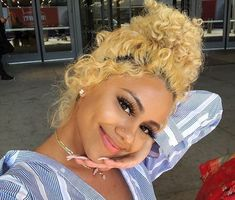 Blonde hair styles I'm Baddie Hairstyles, Black Girls Hairstyles, Pretty Hairstyles, Teenage Hairstyles, Dyed Natural Hair, Dyed Hair, Black Power, Hair Inspo, Hair Inspiration