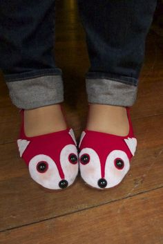 Fox shoes!  Awww.