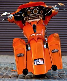 Orange Harley! not sure we wanna be seen on this but the drive may be incredible