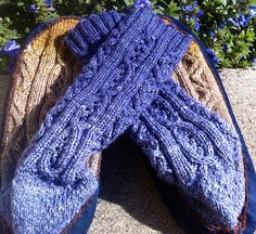 Ravelry: Cozy on Caradhras pattern by Claire Ellen