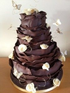 Chocolate Ruffle with butterflies and roses wedding cake