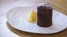 COULANT DE CHOCOLATE Chocolate, Panna Cotta, Pudding, Ethnic Recipes, Desserts, Food, Homemade Biscuits, Pastries Recipes, Sweets