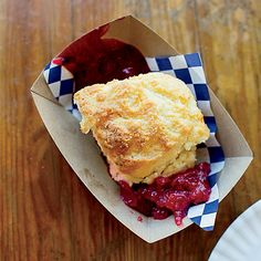 Where to Find America's Best Biscuits | When not in England, try America! #food #yum #boomerangdining