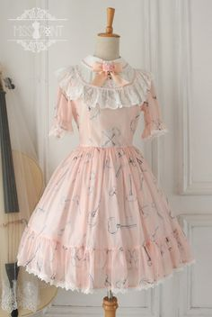 Cheap Sweet Chiffon Lace Alice in Wonderland Short Sleeve Knot OP Lolita Dress Sale At Lolita Dresses Online Shop. We provide Lolita products with quality and best service online, lower price and top style fashion for you. Casual Day Dresses, Cute Dresses, Vintage Dresses, Girls Dresses, Kawaii Dress, Kawaii Clothes, Kawaii Fashion, Lolita Fashion, Dresses For Sale