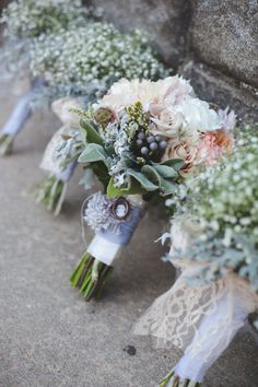 Pastel flowers for bride and all white for bridesmaids. These flowers look very feminine.