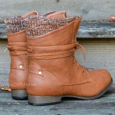 Pinedale Whiskey Lace Up Sweater Boots | Amazing Lace