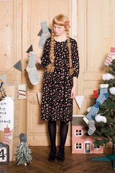 やっぱり大好き♪ な小花柄。|ガーリーシックな花柄ワンピース Pregnancy, Style Inspiration, Hair, Syrup, Shopping, Vintage, Fashion, Moda, Fashion Styles