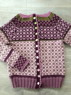 Wiola Fair Isle Knitting, Knitting Yarn, Baby Knitting, Baby Clothes Patterns, Clothing Patterns, Knitting Patterns Free, Free Knitting, Cardigan Sweaters For Women, Cardigans