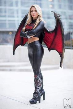 Laney Jade added a new photo — with Maze Studio. Marvel Cosplay Girls, Superhero Cosplay, Comic Con Cosplay, Cute Cosplay, Cosplay Outfits, Best Cosplay, Cosplay Costumes, Black Spiderman, Leder Outfits