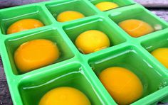 How To Freeze Fresh Eggs Raising chickens will be a great way to have a supply of fresh eggs. You may even want to know how to freeze fresh eggs to have for food during the winter. Freezer Cooking, Freezer Meals, Cooking Tips, Canning Recipes, Egg Recipes, Freezing Eggs, Duck Eggs, Raising Chickens, Chickens Backyard