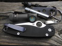 As you can see, I am partial to the Spyderco Paramilitary Edc Tools, Survival Tools, Tactical Knives, Tactical Gear, Homemade Bug Spray, Everyday Carry Items, Tac Gear, Edc Knife, Camping Essentials