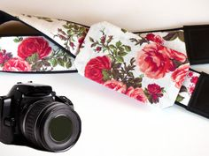 Camera Strap with pocket. Red Roses Camera Strap. Camera accessories for Nikon, Canon, Sony, Fuji and other cameras.