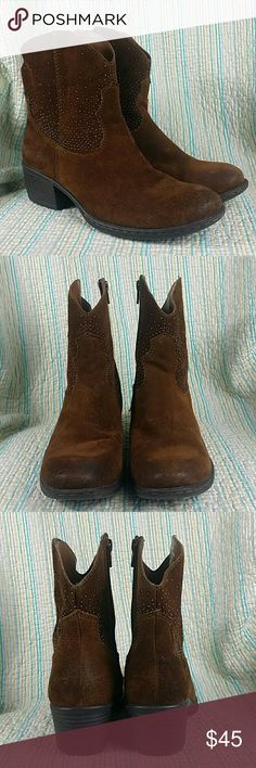b.o.c. BORN AMBROSIA Short Western Boots Brown 8 b.o.c. BORN AMBROSIA Short Western Boots Brown Cocnac Suede Studs Wms Sz 8 b.o.c. Shoes Ankle Boots & Booties