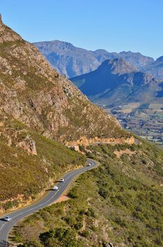 Franschoek mountain pass between Villiersdorp, Theewaterskloof dam and Franschoek - Western Cape - South Africa. Places To Travel, Places To Visit, Provinces Of South Africa, Visit South Africa, Mountain Pass, Rest Of The World, Beautiful World, West Coast, Landscape Photography