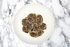 Arlettes revisitées comme du bois comestible. La recette sur www.eatdesign.eu  #fooddesign #designculinaire #eatdesign