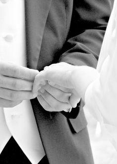 Daniel and Autumn's hands