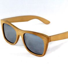 Looks like #rydercup weather may straighten up! Come to @wateronwaterstreet in #exclesior to get your #polarized #floating #bamboo #sunglasses #shopwaterstreet #shopsmall