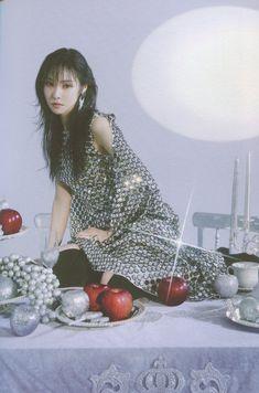 Gfriend Album, Gfriend Yuju, G Friend, Sirens, South Korean Girls, Photo Book, Mini Albums, Girl Group, Short Sleeve Dresses