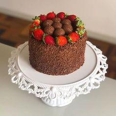Chocolate Heaven, Cute Desserts, Breakfast Lunch Dinner, Love Cake, Sweet Cakes, Mini Cakes, Cupcakes, Yummy Treats, Cake Recipes