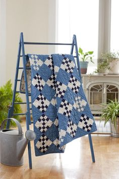 Sweet Baby Blues quilt - love the color combo