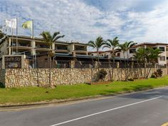 Sea n Sky - Sea 'n Sky resort is centrally located and is the ideal destination for a beach holiday, with the stunning Uvongo beachfront just meters away.  The stylish and modern family-orientated resort comprises ... #weekendgetaways #margate #southafrica