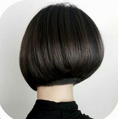 Asymmetry is often interesting. A brave woman will not hesitate to take such a hairstyle that is on one side of the head shorter and going to the other side of the head it's longer and longer. If you cut your hair like this, layered or straight, you will be able to stylize it in many different ways.