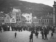 Bergen * Year not stated Photographer: Knoop - UiB Picture Collection .