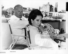News Photo : Curd Jürgens and Merle Oberon on the set of the...