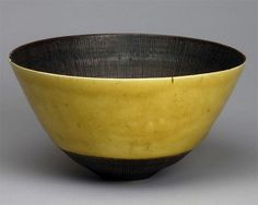 To know more about Lucie Rie 黄釉鉢, visit Sumally, a social network that gathers together all the wanted things in the world! Featuring over 50 other Lucie Rie items too! Ceramic Plates, Ceramic Pottery, Tea Bowls, Ceramic Artists, Wabi Sabi, Stoneware, Earthenware, Decorative Bowls, Glass Art
