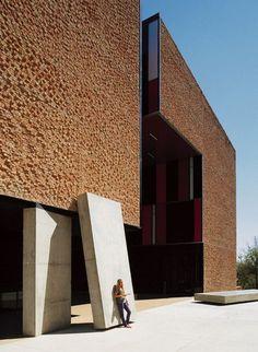 architectureoverdose:  St Edward's University Residence and Dining Hall, Alejandro Aravena, Texas, 2008