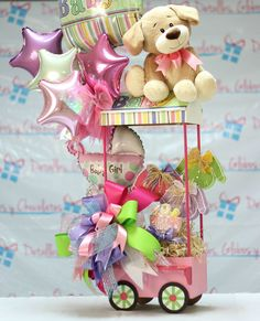 A share from Carla Bonita Candy Bouquet, Balloon Bouquet, Baby Shower Parties, Baby Shower Gifts, Ballon Arrangement, Photos Booth, Diy Y Manualidades, Shower Bebe, Balloon Gift