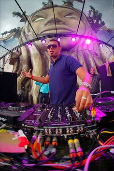 afrojack at tomorrowland