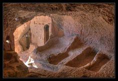 Cueva-Ermita de Laño.