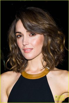 Rose Bryne- love the hair when its wavy