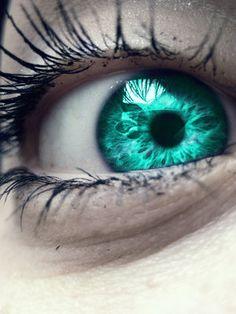 Aqua Eye Edit by xABeautifulLiex on DeviantArt Beautiful Eyes Color, Stunning Eyes, Pretty Eyes, Teal Eyes, Green Eyes, Turquoise Eyes, Rare Eyes, Eyes Artwork, Aesthetic Eyes