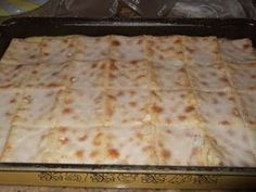 This is a favorite dessert in the Mackrory family. 1 packet Saltine crackers 1 can condensed milk 3 cans (u. Custard Recipes, Milk Recipes, Tart Recipes, Pudding Recipes, Sweet Recipes, Dessert Recipes, Cooking Recipes, Pudding Desserts, Baking Desserts