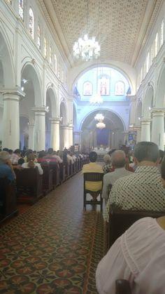 Catedral mayor de Bucaramanga...La sagrada flia!!!!!
