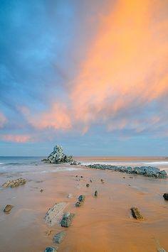 Sunrise, Atxabiribil Beach, Sopelana, Bizkaia, Spain