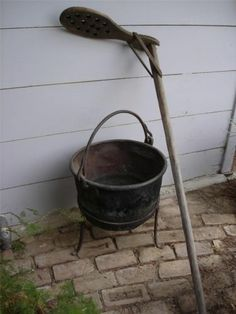 Antique Circa 1850 Copper Apple Butter Yard Kettle Cauldron Wood Stirring Paddle Brass Pot, Copper Pots, Copper And Brass, Revere Ware, Primitive Antiques, Antique Farmhouse, Apple Butter, Cauldron, Brass Handles