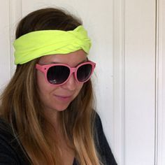 DIY: NO SEW TURBAN HEADBAND Just made this! Super cute. Doesn't look exactly look like the pic…