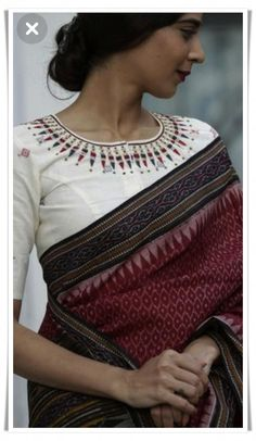 Cotton Silk sarees: free COD WhatsApp Source by pabitrachanu saree Silk Saree Blouse Designs, Saree Blouse Patterns, Fancy Blouse Designs, Designer Saree Blouses, Indian Blouse Designs, Traditional Blouse Designs, Traditional Sarees, Sari Bluse, Indische Sarees