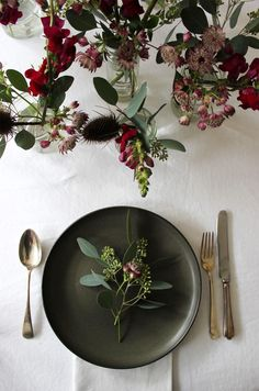 West elm 12 styled days of Christmas | A quiet style christmas table idea | styling design | holiday decoration for the home