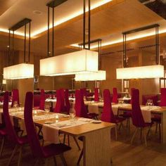 Restaurante do Hotel Fitzwilliam, em Belfast, Norte da Irlanda. Projeto de Project Orange.  #restaurant #restaurante #sentidos #sense #artes #arts #art #arte #decor #decoração #architecturelover #architecture #arquitetura #design #interior #interiores #projetocompartilhar #davidguerra #shareproject #fitzwilliam #fitzwilliamhotel #belfast #irlanda #ireland #europa #europe #projectorange