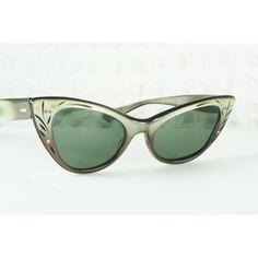 9fd11d8b4e91 Ray Ban Cat Eye Sunglasses 1960s Lisbon Sun Glass Two Tone Carved Gray  Crystal Lens Non