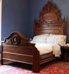 Stunning Antique Victorian Renaissance Bed
