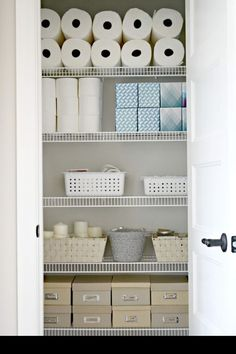 organisation maison comment ranger son armoire a l aide des boites des materiaux sanitaires Armoire, Pantry Organization, Bathroom Medicine Cabinet, Toilet Paper, Kitchen Design, Counter, Rid, Organize, Packing Cubes