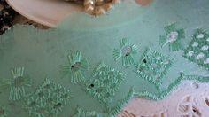 Bordado ingles verde Aspargus