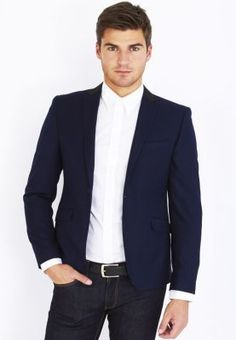 Layer up in style with this classy blazer from Vito. Satin trims along the collar and a comfortable fit makes it the perfect addition to your formal and smart casual wardrobe. Definitely a must have!