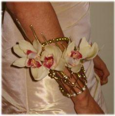 armband met witte orchideeën